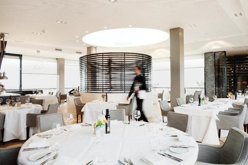 Raamdecoratie Jaren 30 Woning : Uniek restaurant met unieke inrichting ...